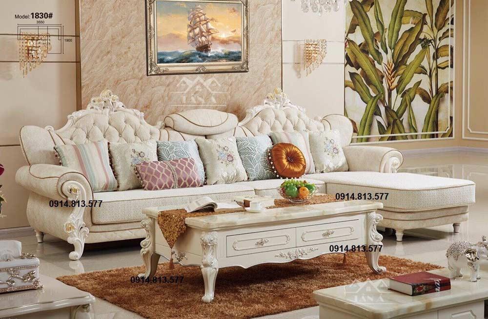 Sofa vải nỉ tân cổ điển nhập khẩu có sự phá cách trong thiết kế.
