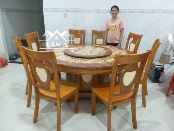 bàn ăn tròn mặt đá xoay 8 ghế sồi nhập khẩu Đà Loan